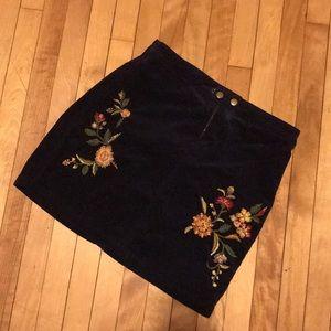 Mossimo corduroy skirt size 2
